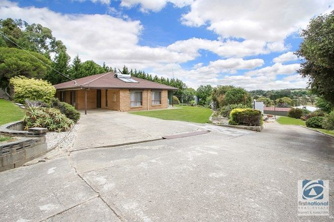 Picture of 27 Buckland Gap Road, BEECHWORTH VIC 3747