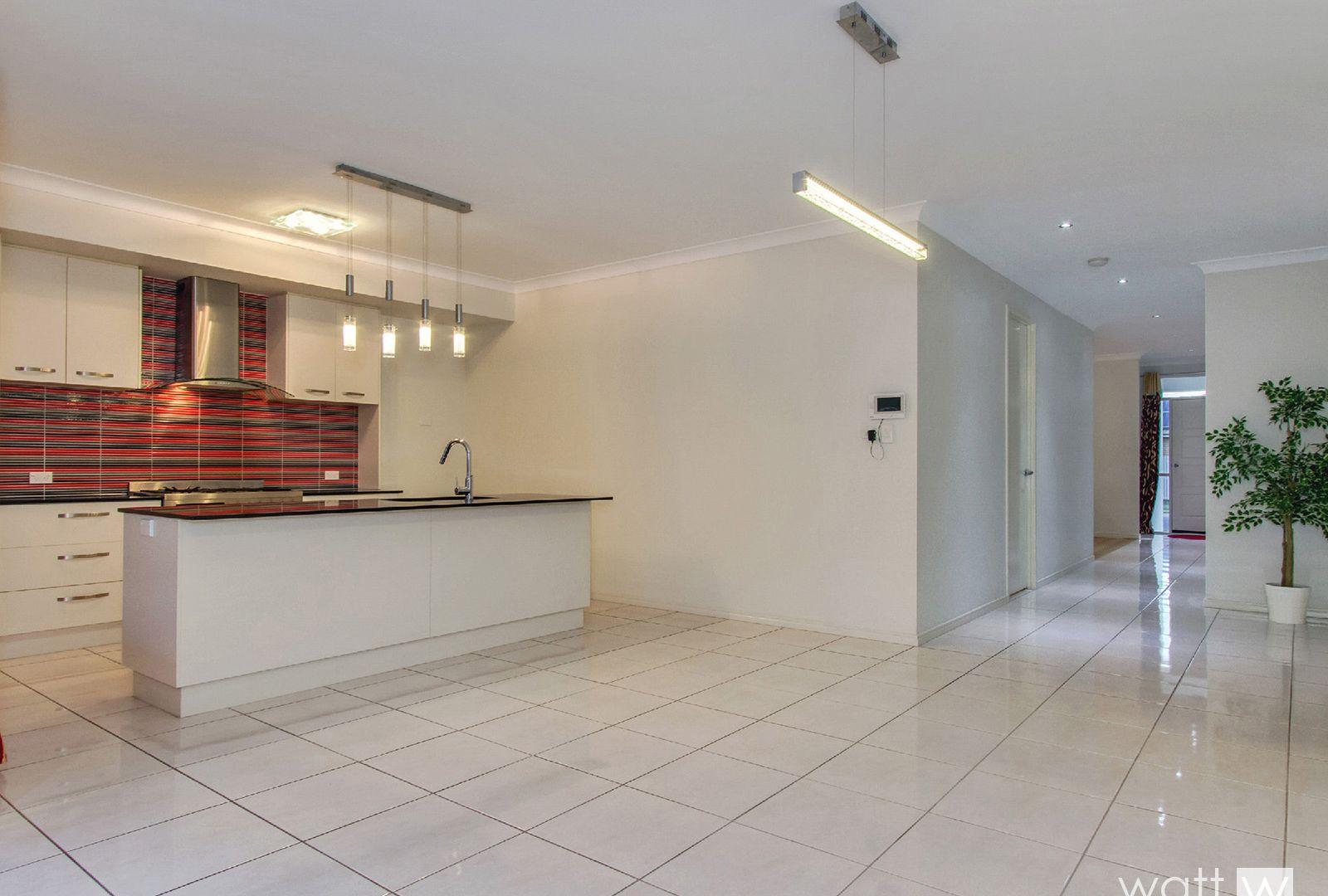 56 Somerset Drive, Carseldine QLD 4034, Image 2