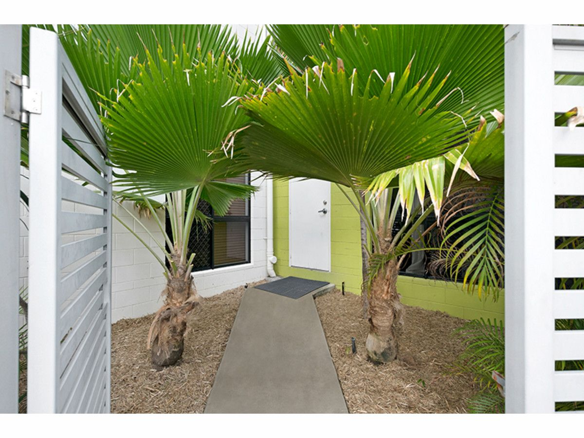 2/33 Plume Street, South Townsville QLD 4810, Image 1
