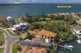 48 King Arthurs Court, Sovereign Islands QLD 4216