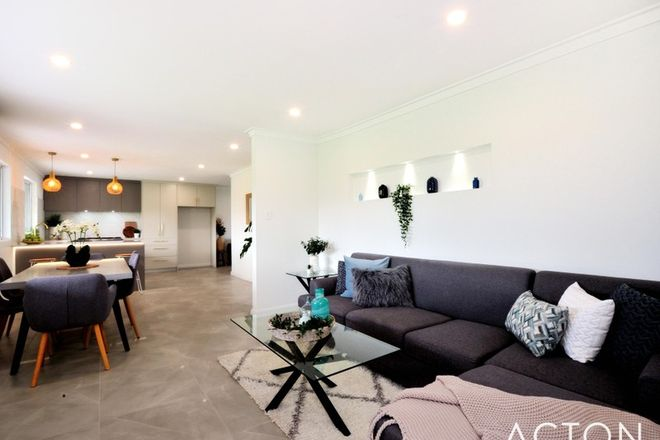Picture of 9 Ollis Street, SAFETY BAY WA 6169