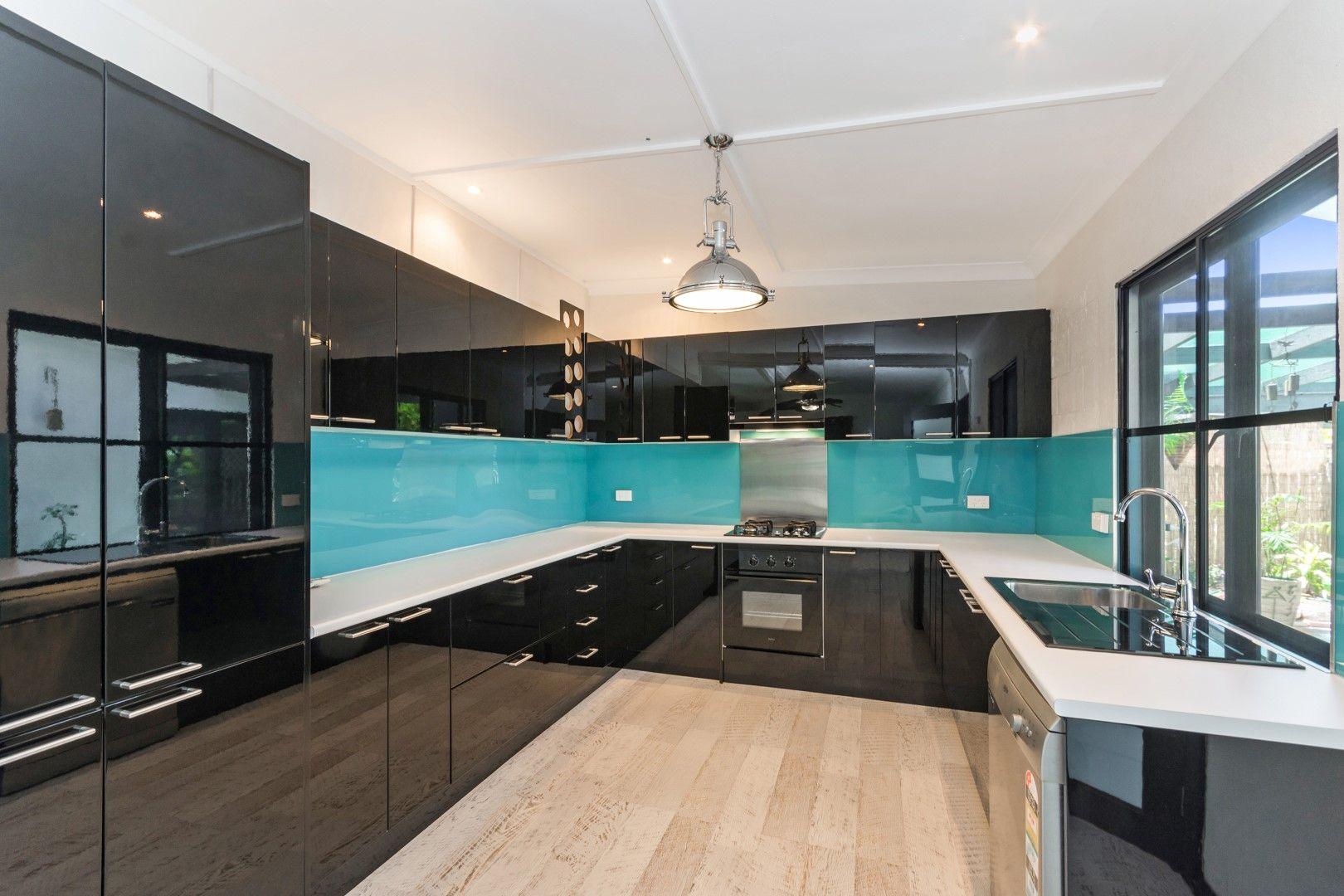 39 Reef Street, Saunders Beach QLD 4818, Image 1
