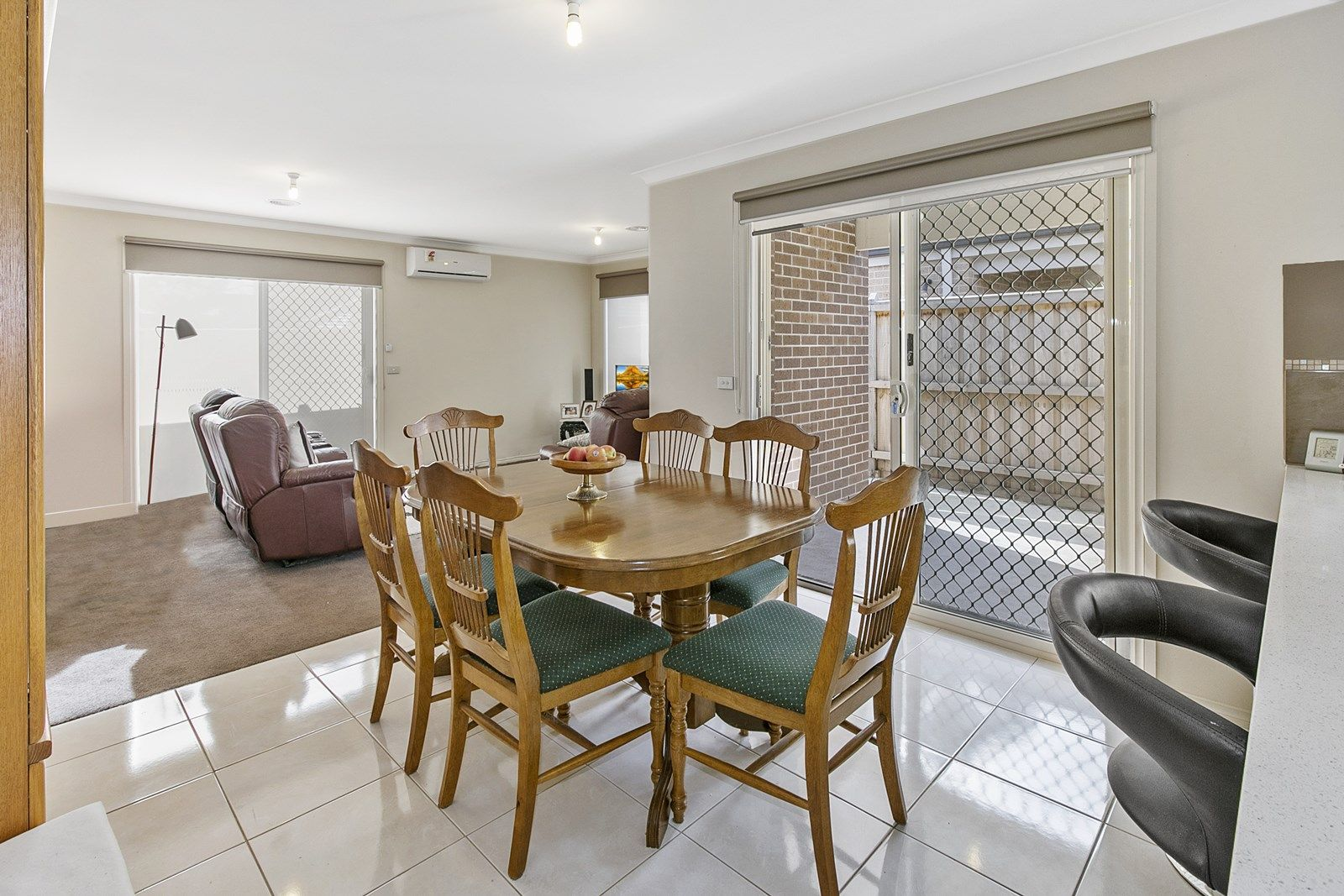 3 Silverbark Court, Carrum Downs VIC 3201, Image 2