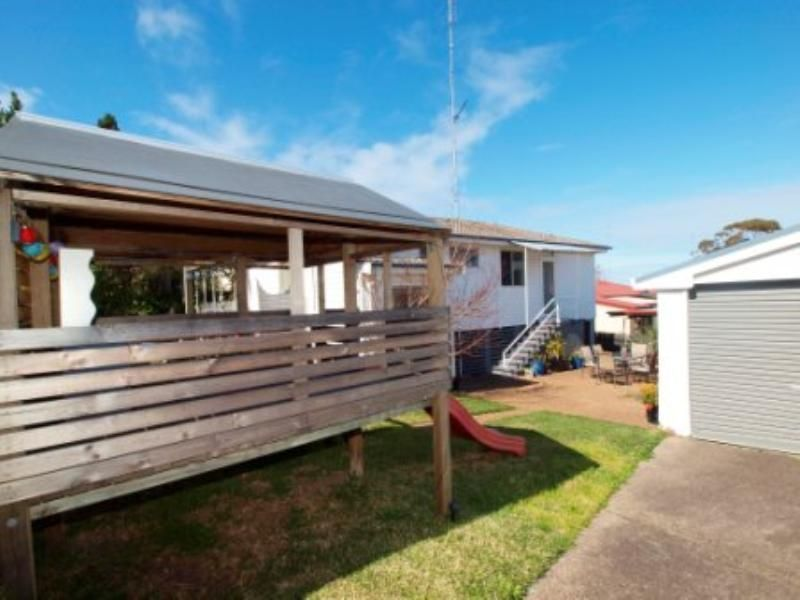 2 Tulkaba St, Belmont North NSW 2280, Image 1