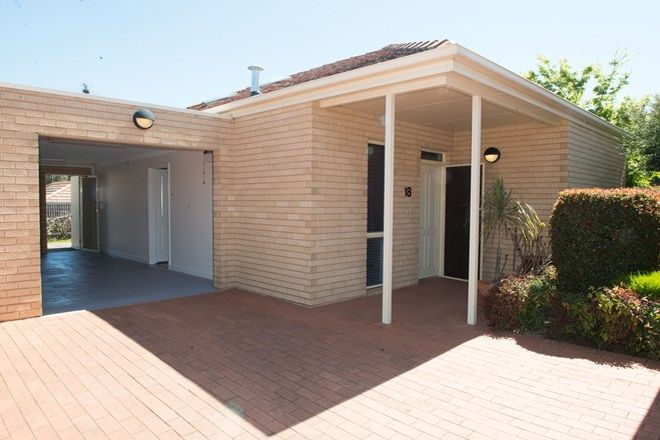 Picture of 18/1 Oldstead  Road, GREENSBOROUGH VIC 3088
