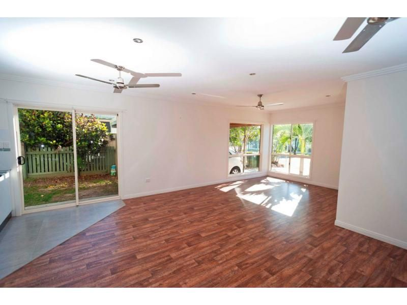 36A McKillop St, Belgian Gardens QLD 4810, Image 2