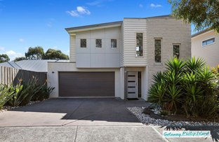 Picture of 28 Norman Drive, Cowes VIC 3922