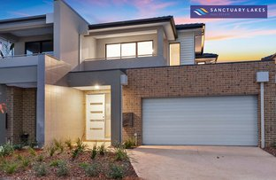 Picture of 3/5 Greg Norman Drive, Sanctuary Lakes VIC 3030