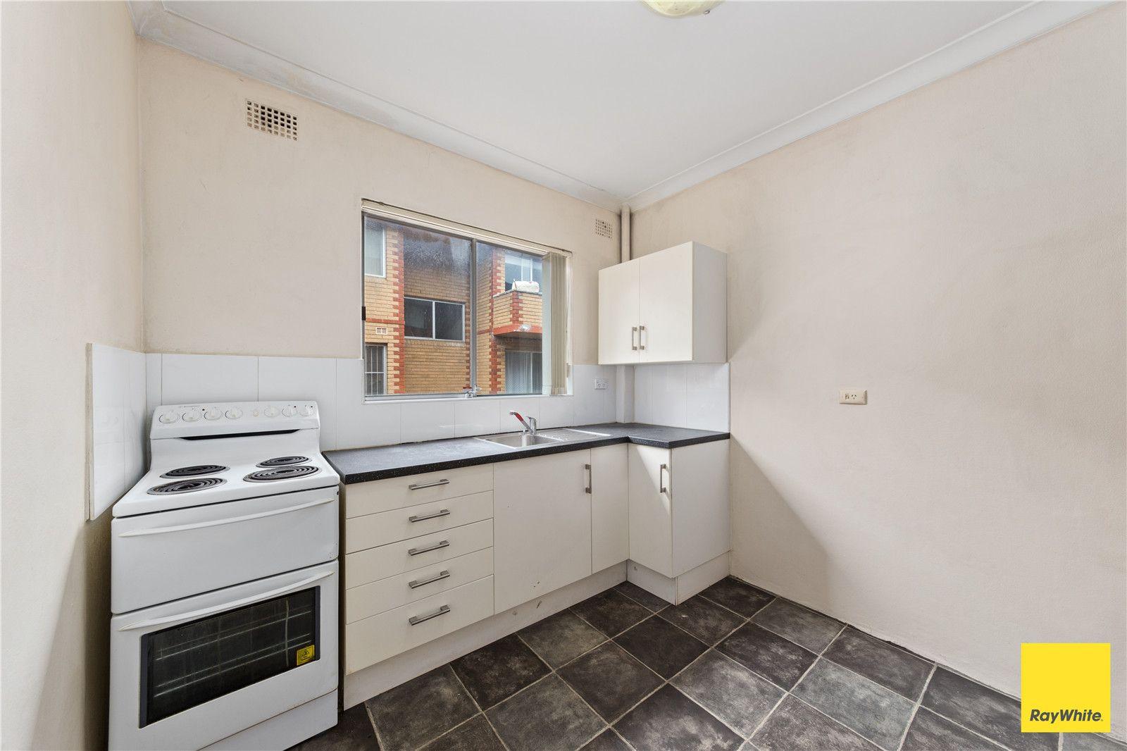 6/19 Loftus Street, Ashfield NSW 2131, Image 2