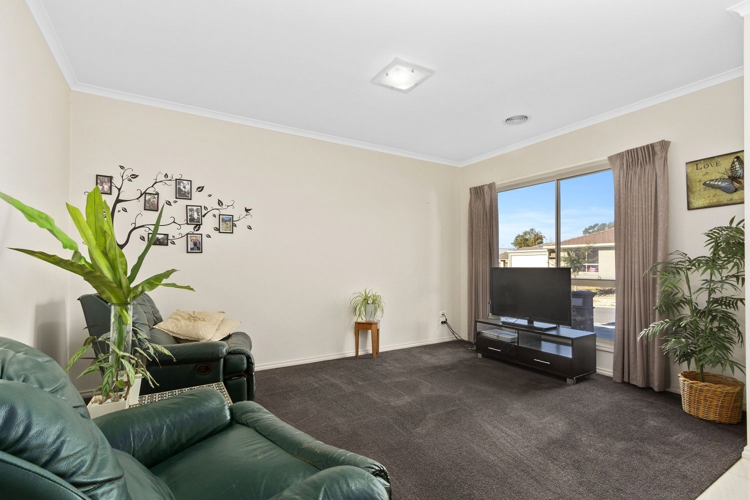 2 Maplewood Court, White Hills VIC 3550, Image 1