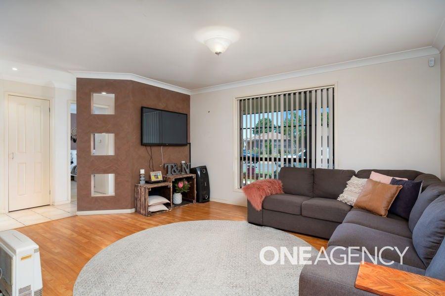 2/1 WOOMERA PLACE, Glenfield Park NSW 2650, Image 1