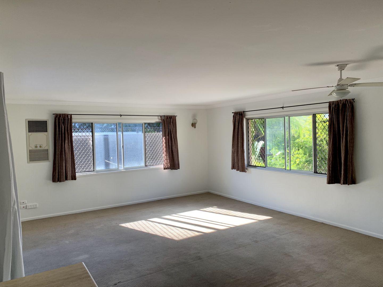 3/19 Anne Avenue, Broadbeach QLD 4218, Image 2