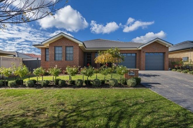 Picture of 14 Tennyson Drive, QUEANBEYAN EAST NSW 2620