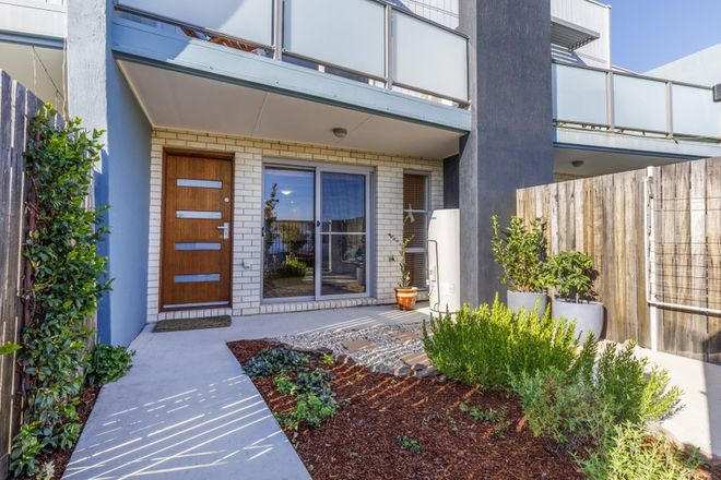 Picture of 10/1 Gifford Street, COOMBS ACT 2611