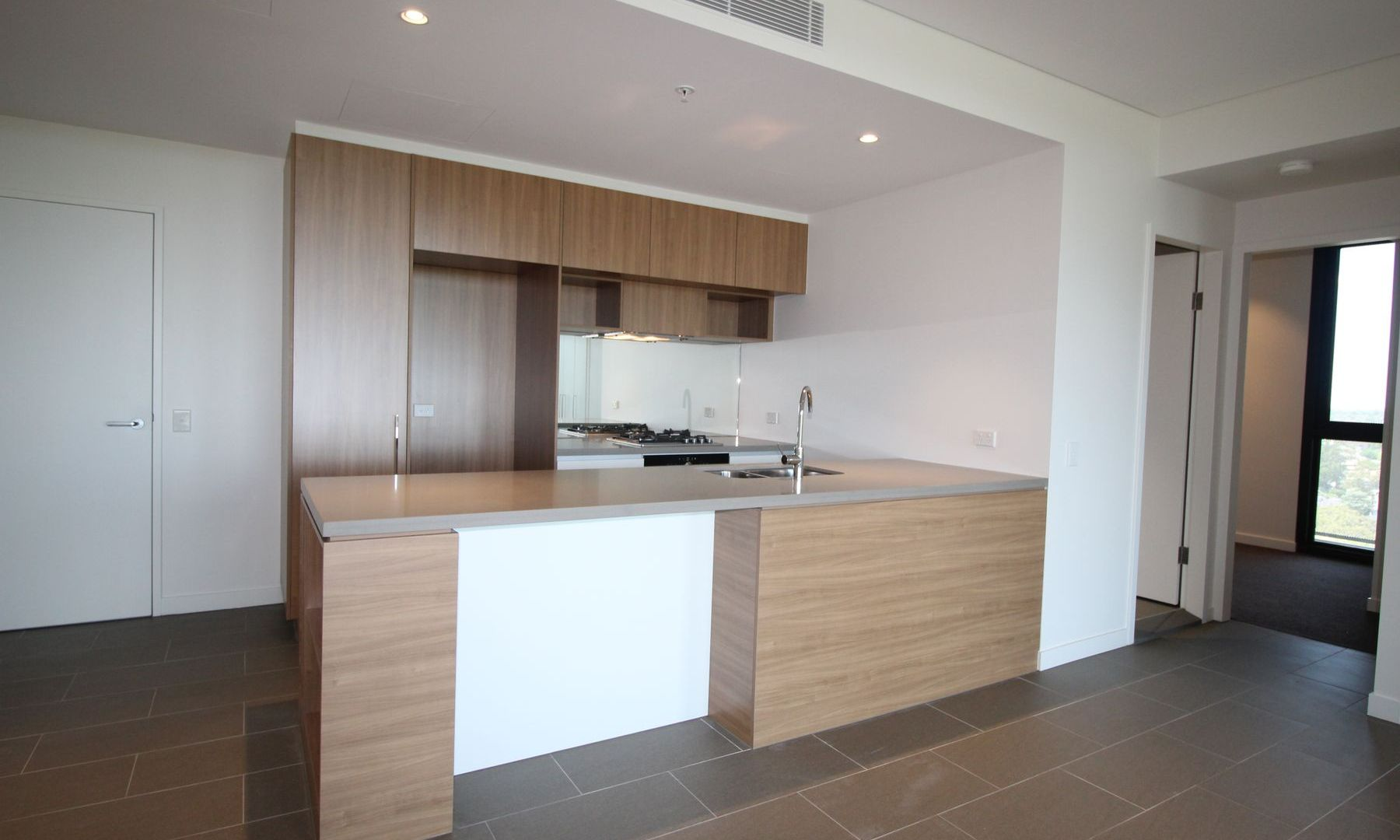 807/3 Network Place, North Ryde NSW 2113, Image 2