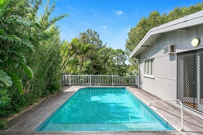 Picture of 10 Alicia Street, SOUTHPORT QLD 4215