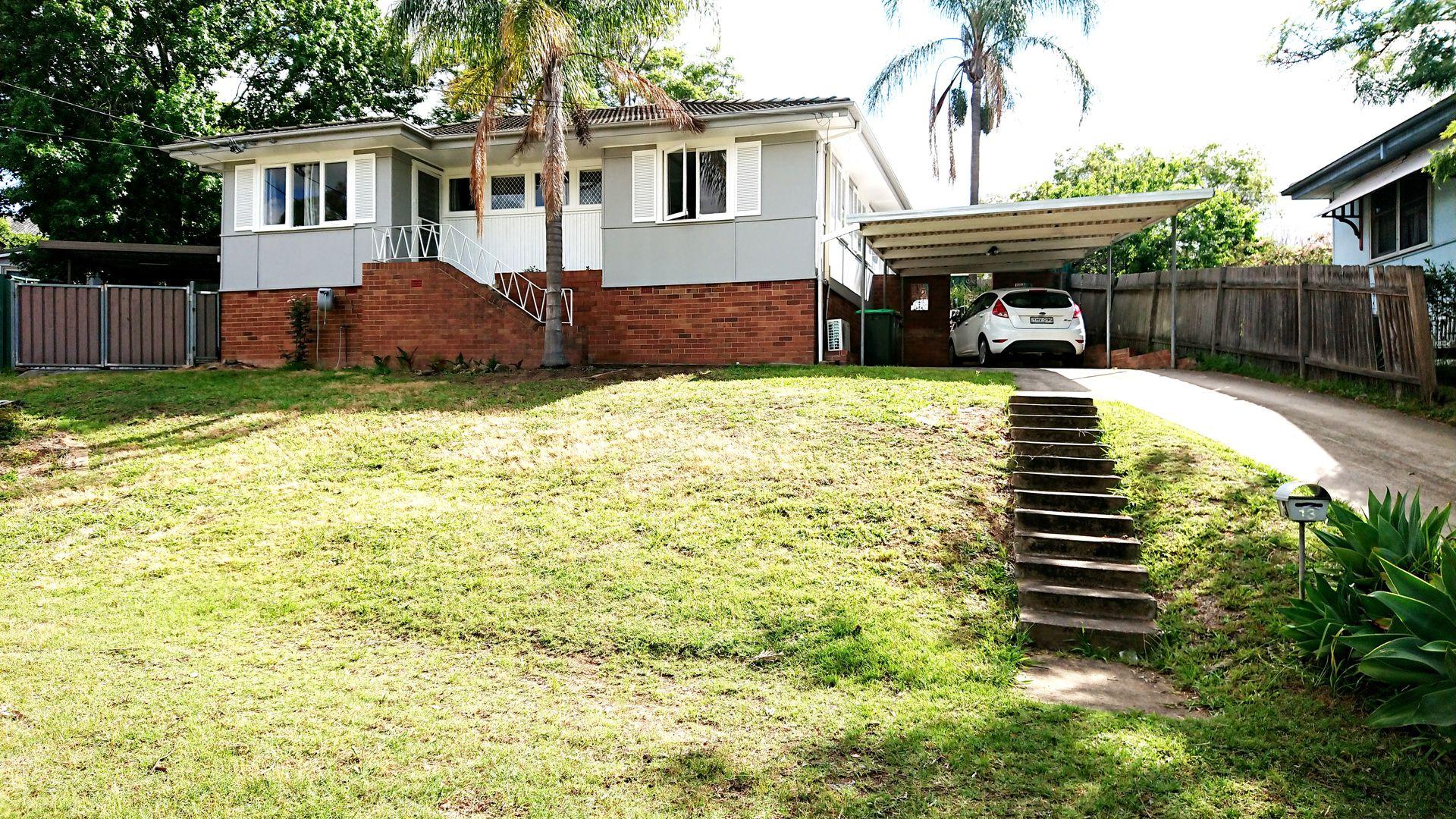 13 Devon Place, Busby NSW 2168, Image 0