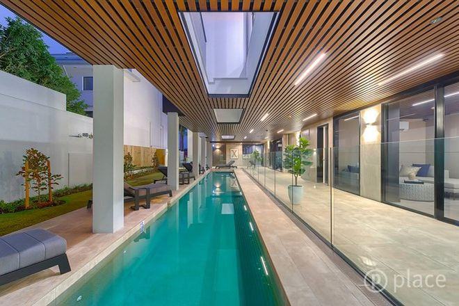 Picture of 2/55 Oxlade Drive, NEW FARM QLD 4005