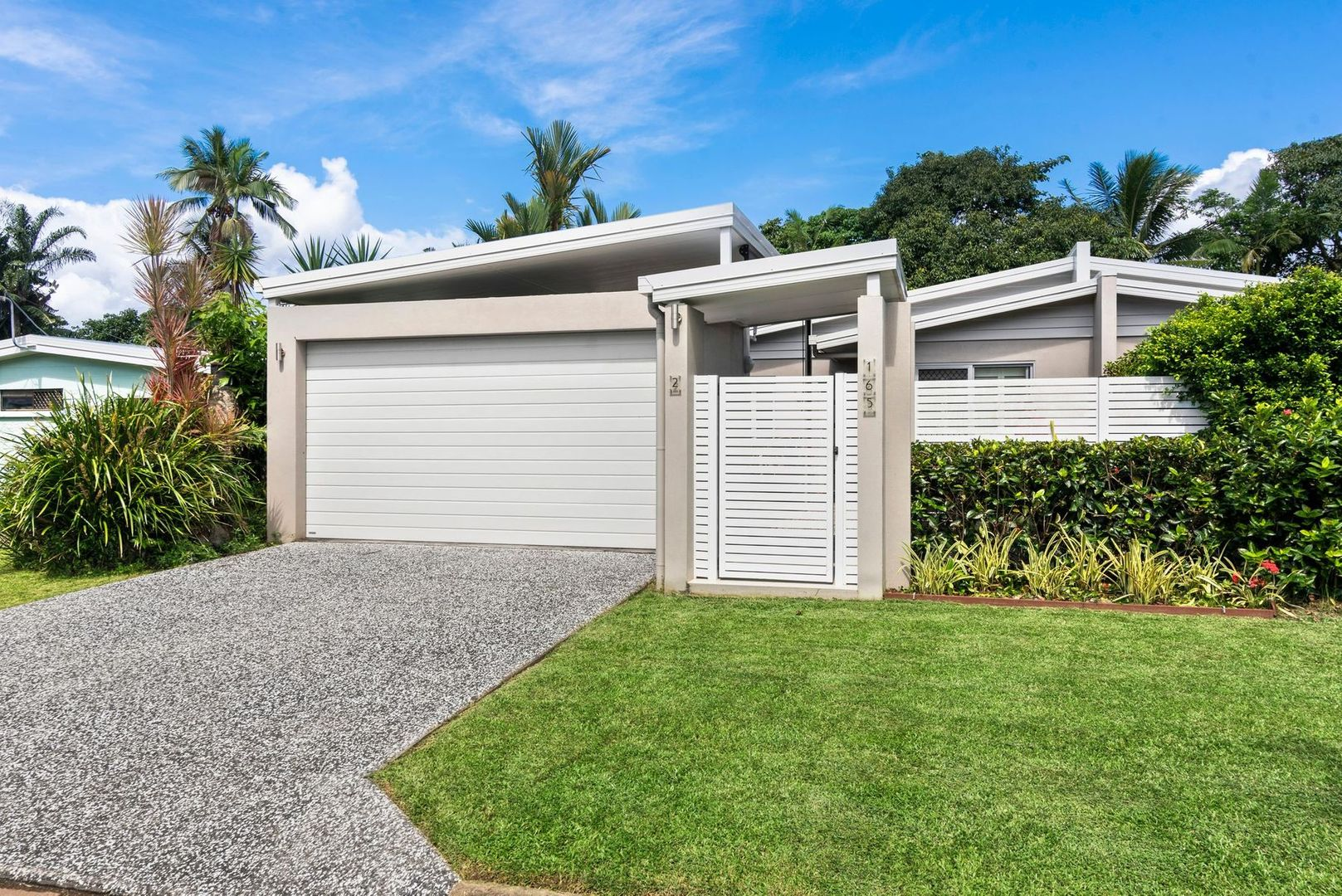 2/165 Greenslopes Street, Edge Hill QLD 4870, Image 0