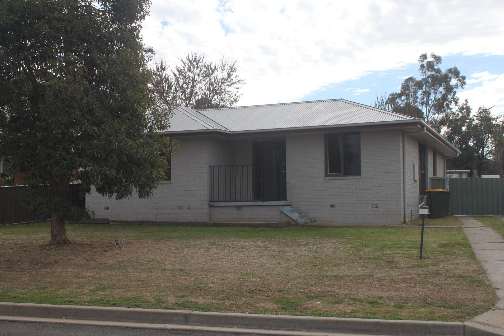 4 Cedar Crescent, Forbes NSW 2871, Image 0