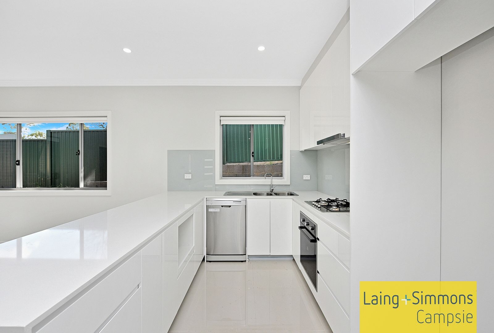 10/2 Curtin  Place, Condell Park NSW 2200, Image 1