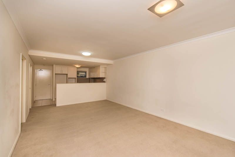 9/18 Wellington Street, East Perth WA 6004, Image 2