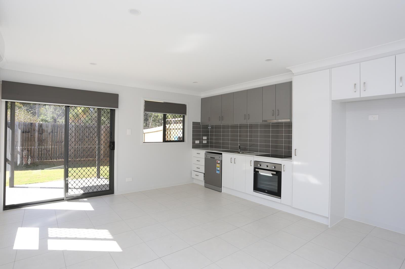 1/34 Ryrie Court, Park Ridge QLD 4125, Image 2