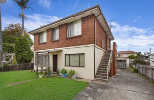 Picture of 61 Mirrabooka Road, Lake Heights NSW 2502