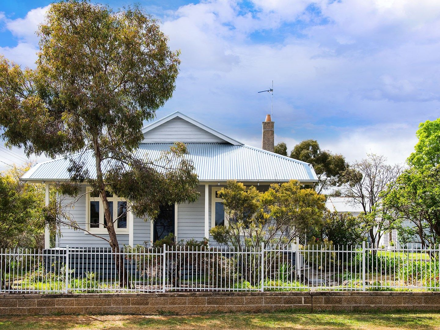 60 Urquhart Street, Castlemaine VIC 3450, Image 0