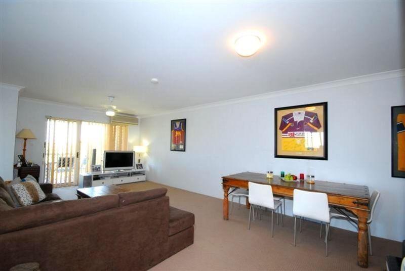 6/237 Cavendish Road, Coorparoo QLD 4151, Image 2