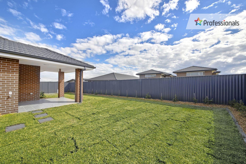 4 Orbit Street, Gregory Hills NSW 2557, Image 7