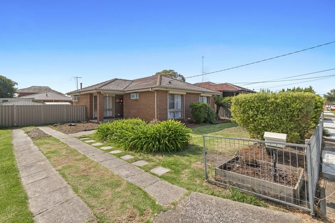 Picture of 22 Cumberland Crescent, THOMASTOWN VIC 3074