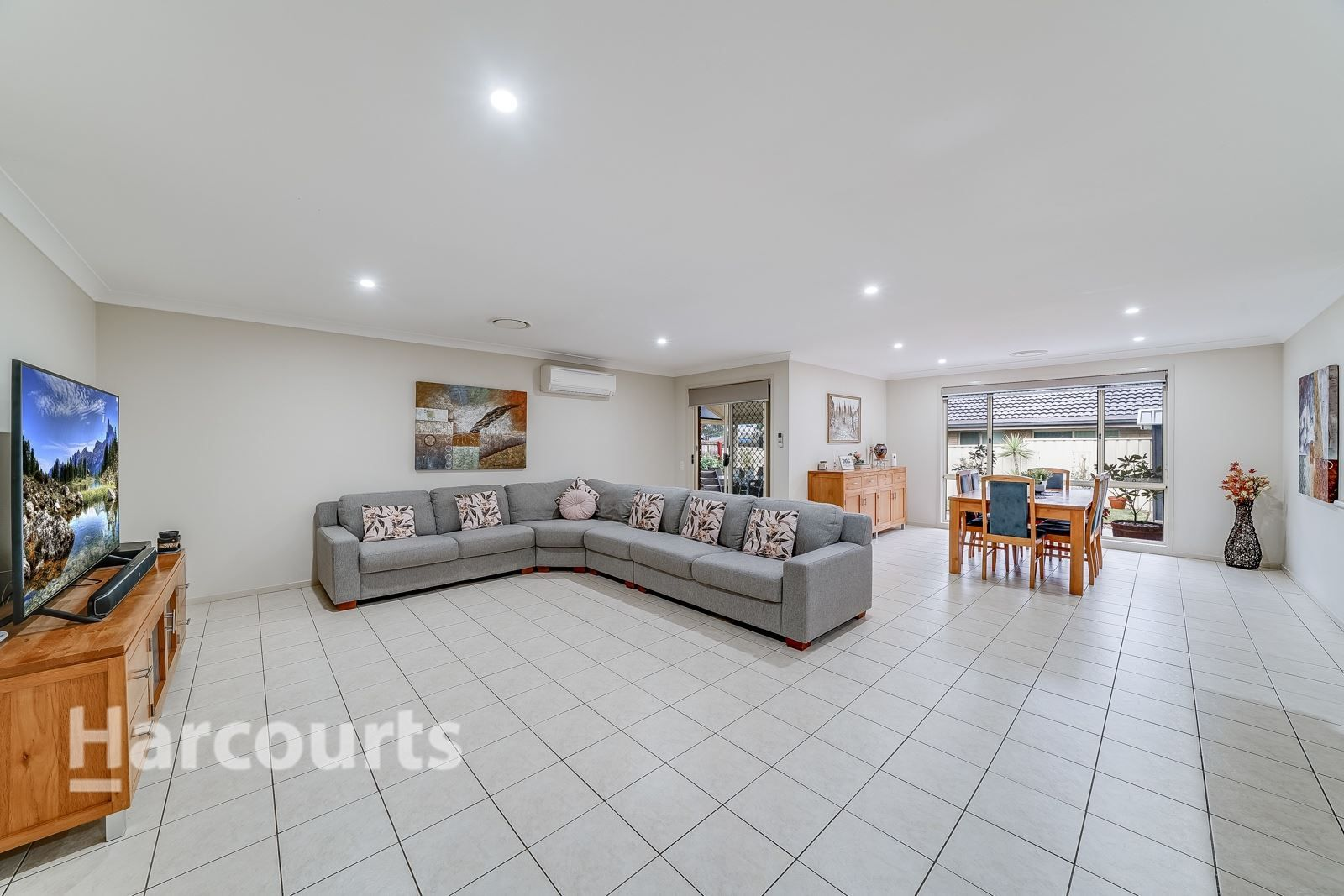 6 Bransby Place, Mount Annan NSW 2567, Image 2