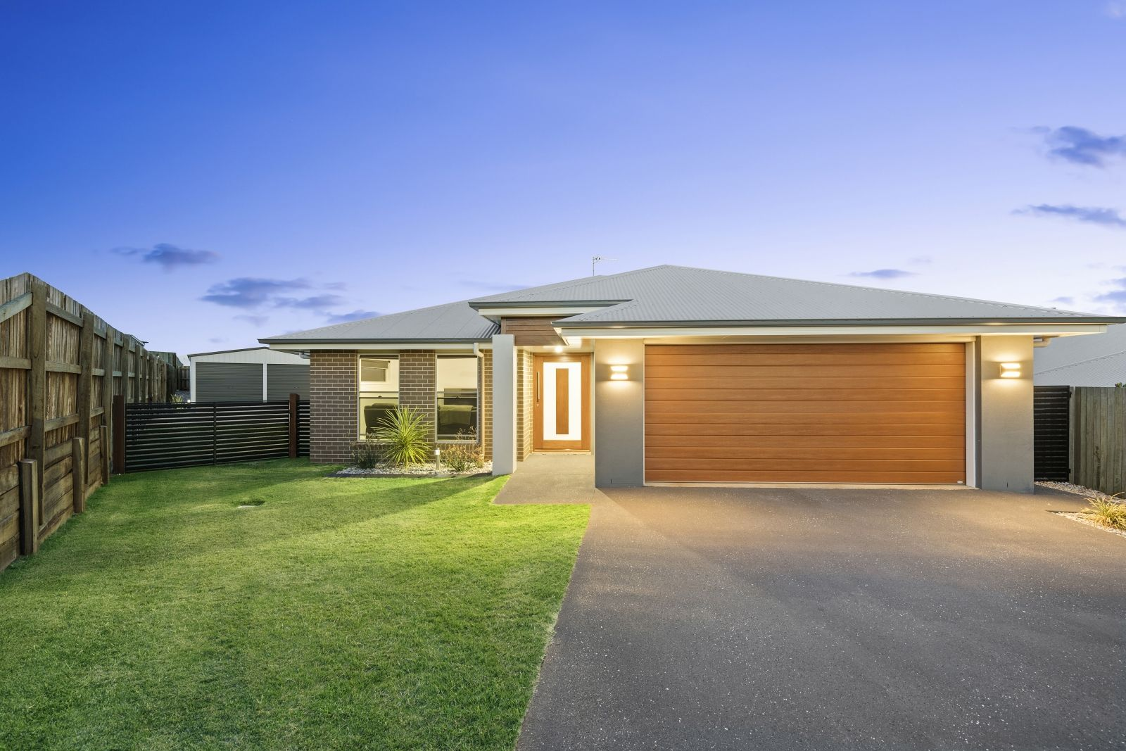 37 Renshaw Crescent, Kearneys Spring QLD 4350, Image 0