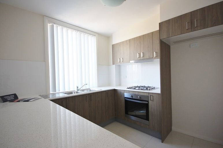 21/48-52 Warby Street, Campbelltown NSW 2560, Image 2