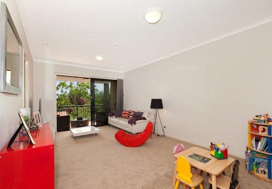 10/110 Indooroopilly Road, Taringa QLD 4068, Image 2