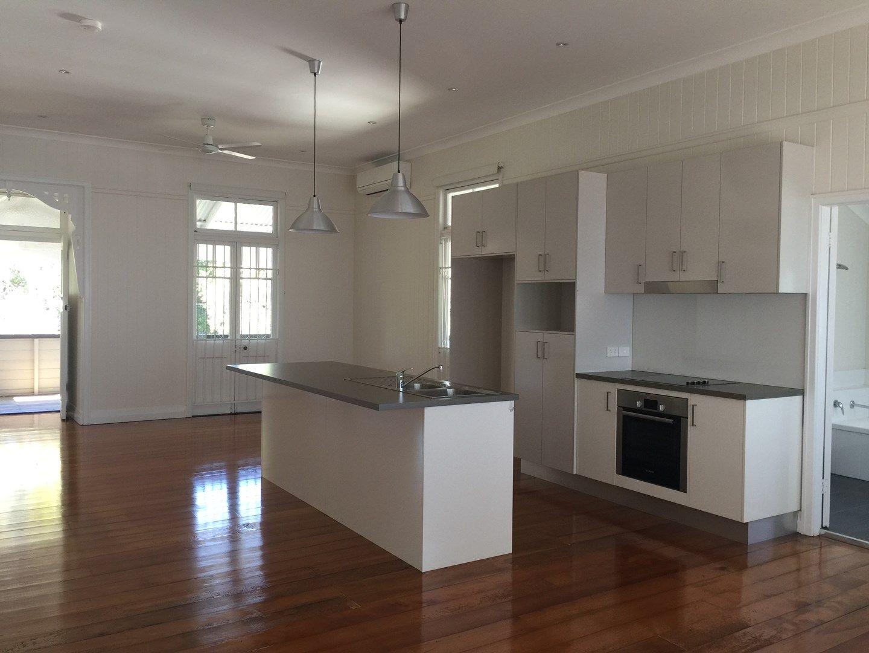 4 Balderstone Street, Corinda QLD 4075, Image 0