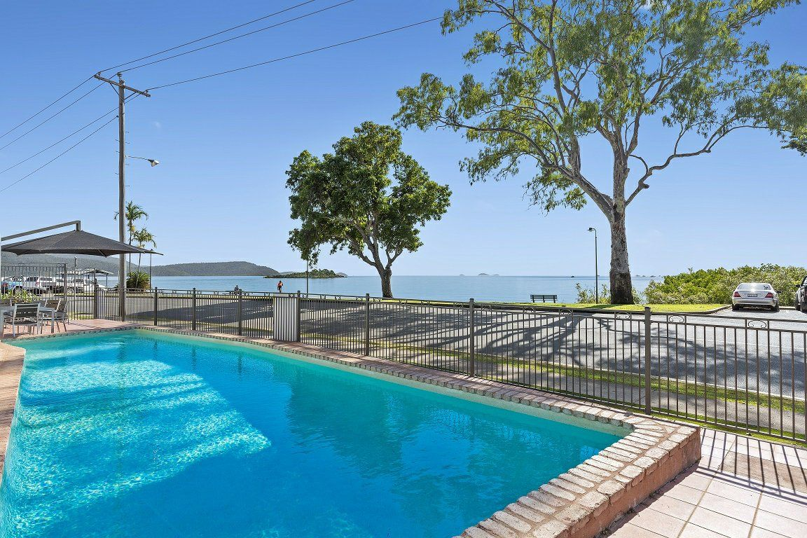 10/48 Coral Esplanade, Cannonvale QLD 4802, Image 1