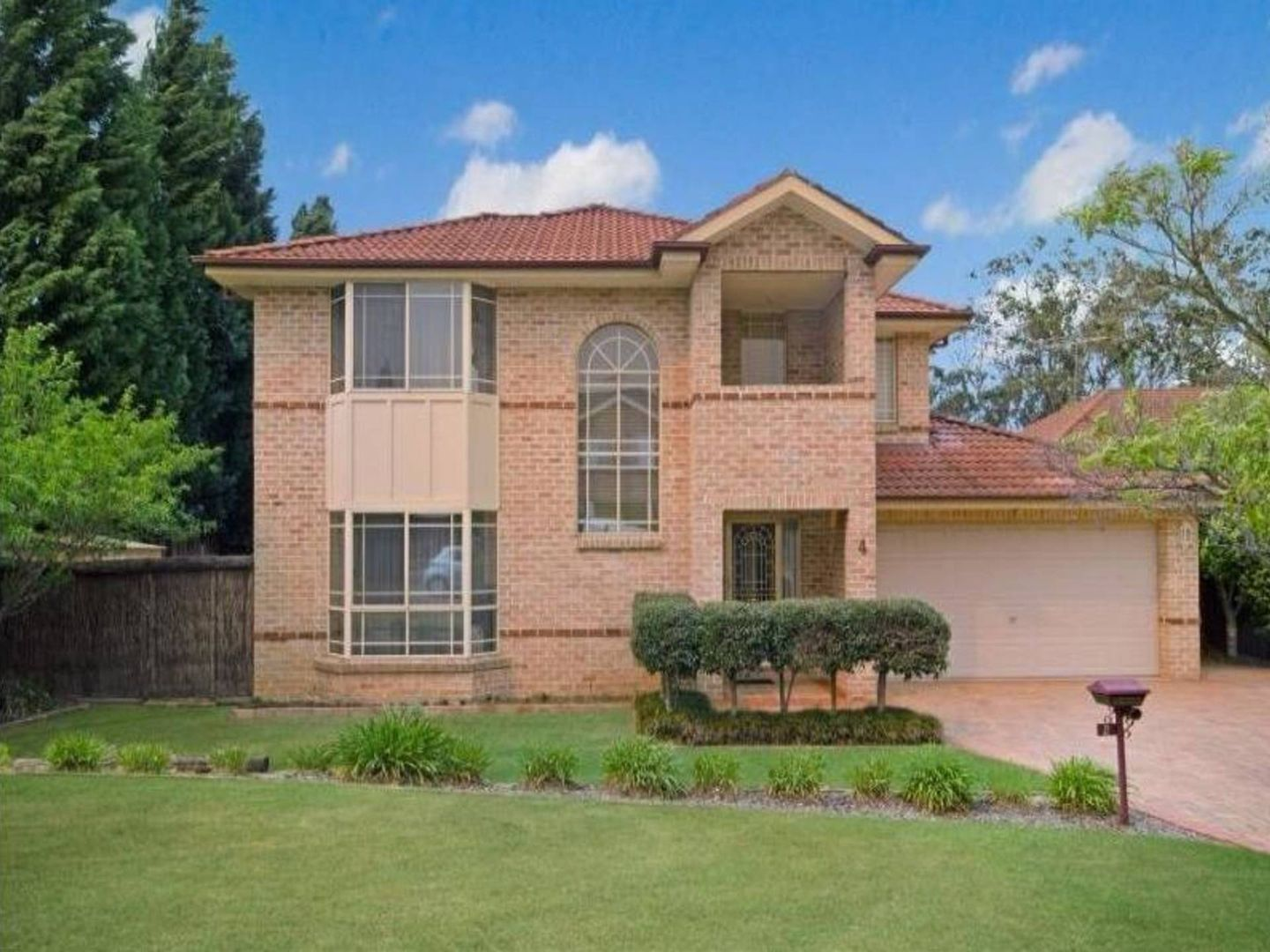 4 Longley Place, Castle Hill NSW 2154, Image 1