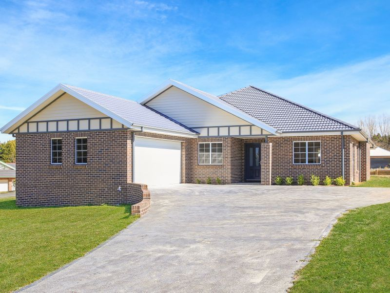 21A Young Road, Moss Vale NSW 2577, Image 0
