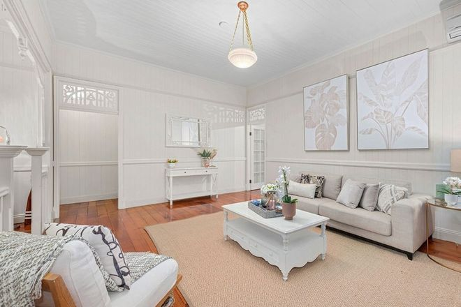 Picture of 31 Shakespeare Street, COORPAROO QLD 4151