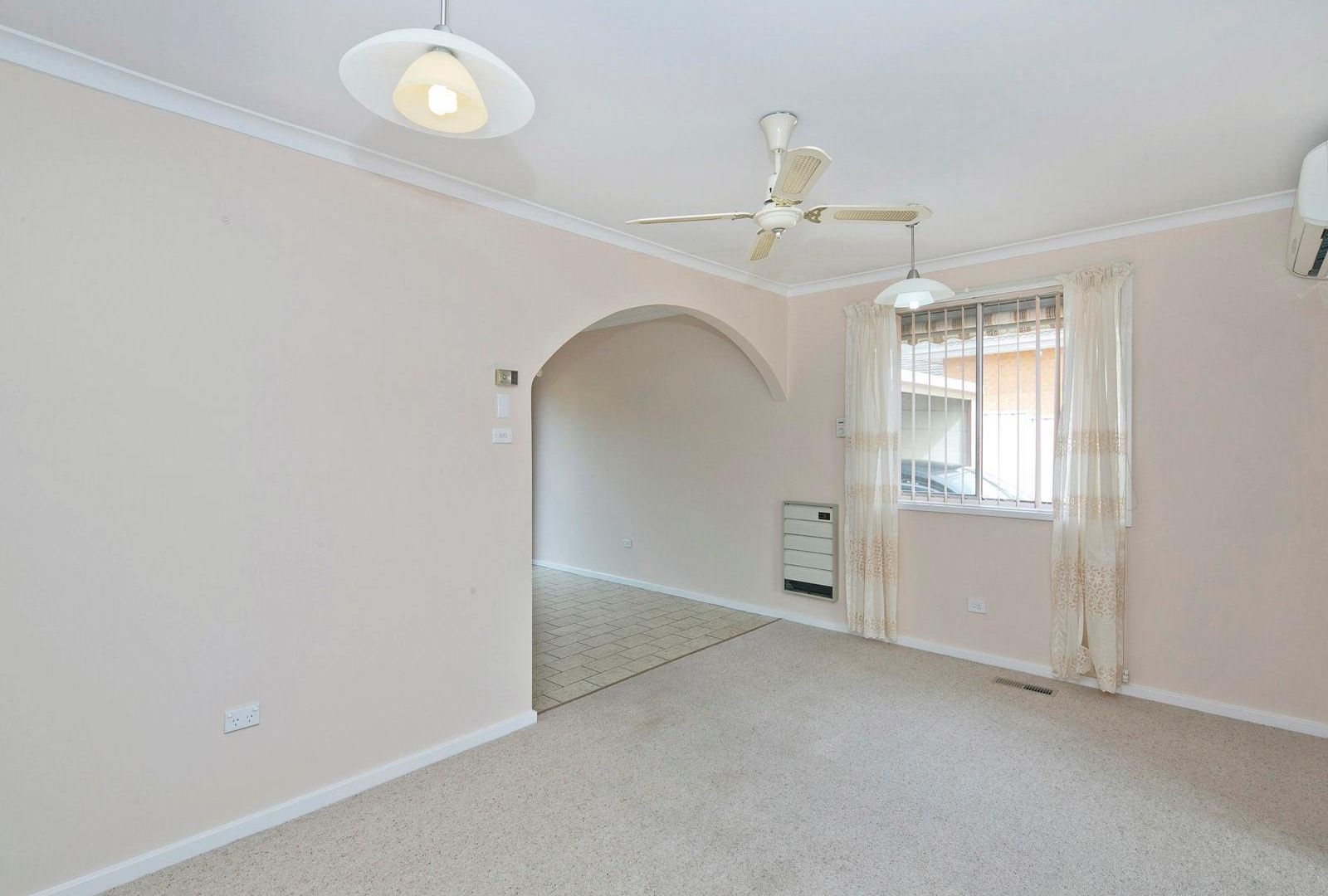 5 Barff Place, Chifley ACT 2606, Image 2