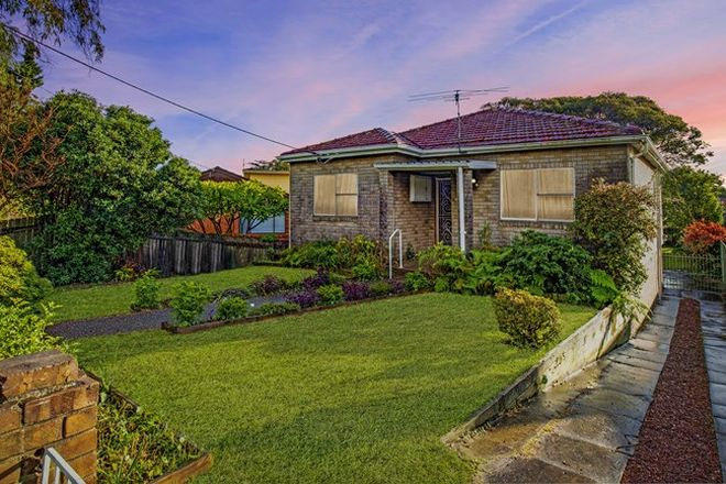 Picture of 3 Hume Street, CHIFLEY NSW 2036