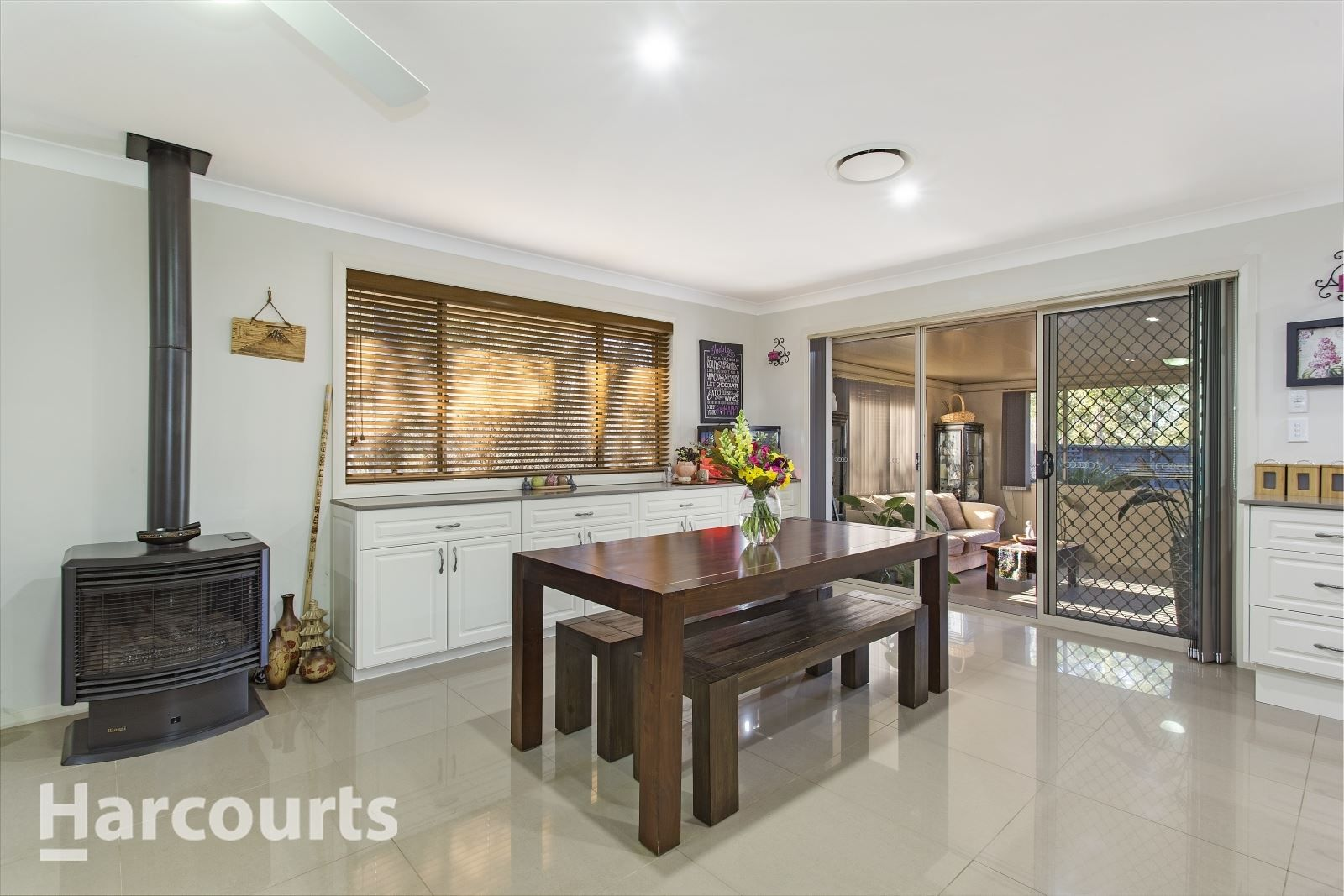 10 Young Avenue, Camden Park NSW 2570, Image 2