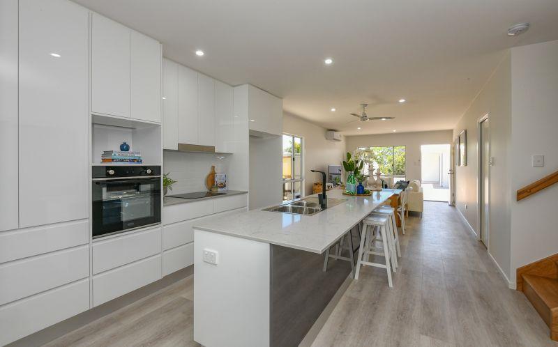 11 Holland Street, Bargara QLD 4670, Image 1