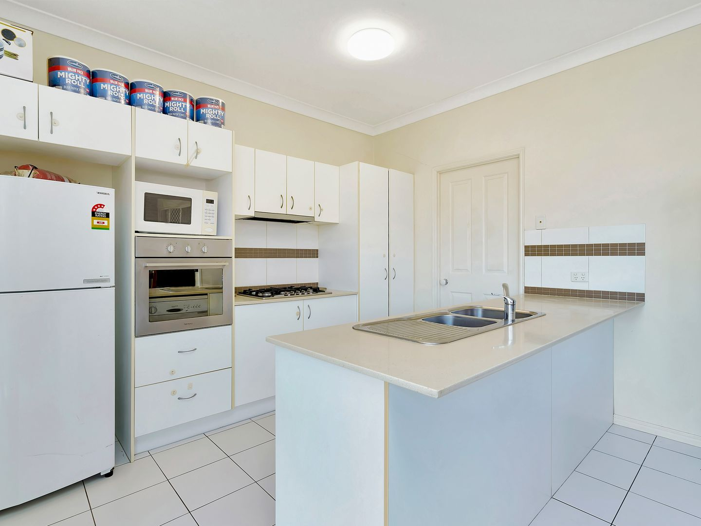 16 French Court, Redbank Plains QLD 4301, Image 2
