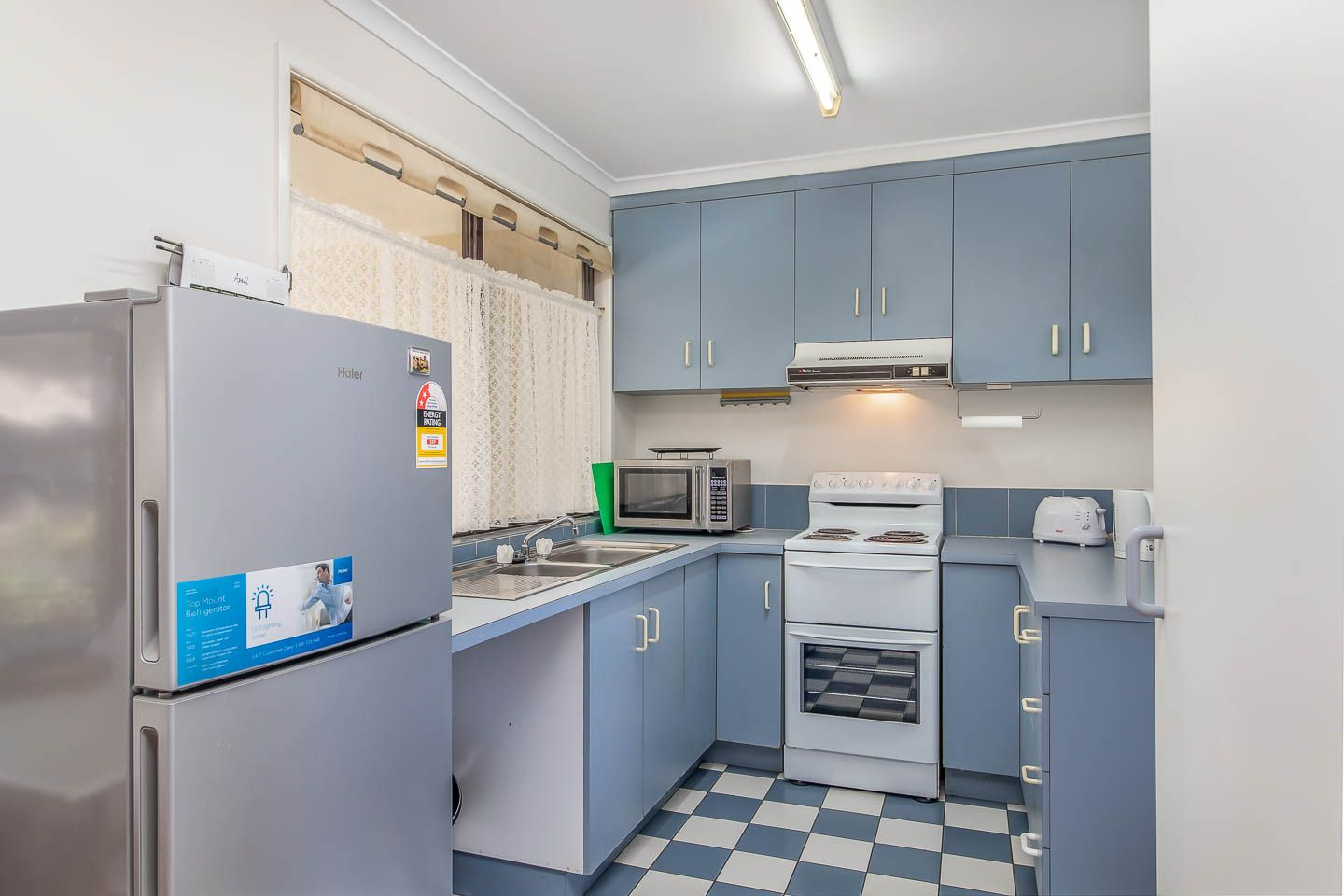 12/12 Denman Camp Road, Torquay QLD 4655, Image 1