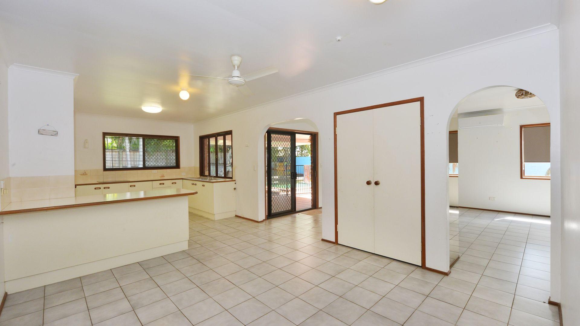 5 Opal Street, Port Douglas QLD 4877, Image 2
