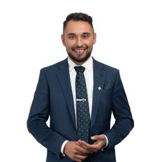 Lenny Nikolic, Sales representative