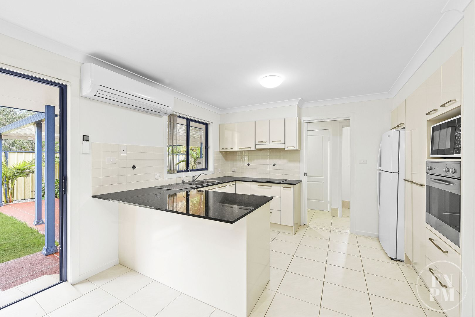 2/35 Lincoln Road, Port Macquarie NSW 2444, Image 2
